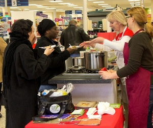 Tesco customers get a sample of free food and learn some LFHW cooking tips as well.