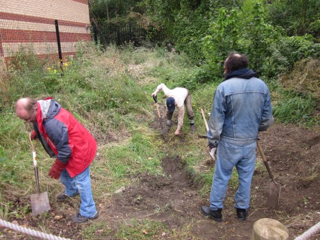 Natures Gym volunteers digging out the pond in 2011.